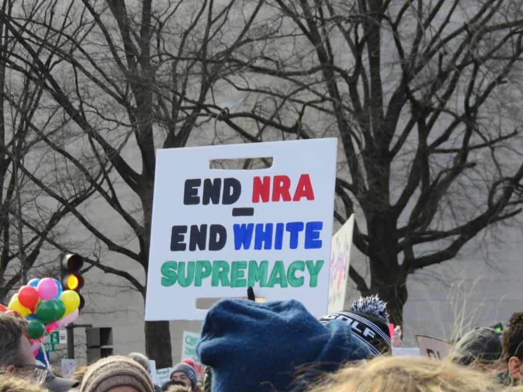 Sign saying to end NRA